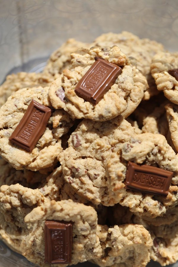 Peanut Butter Chocolate Chunk Cookies on a plate