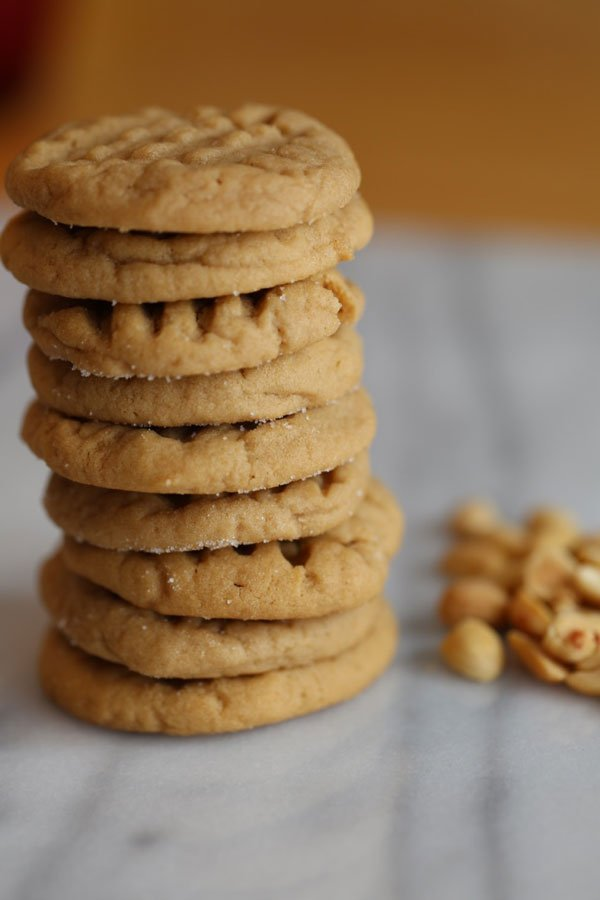 full-view-peanut-butter-cookie-stack