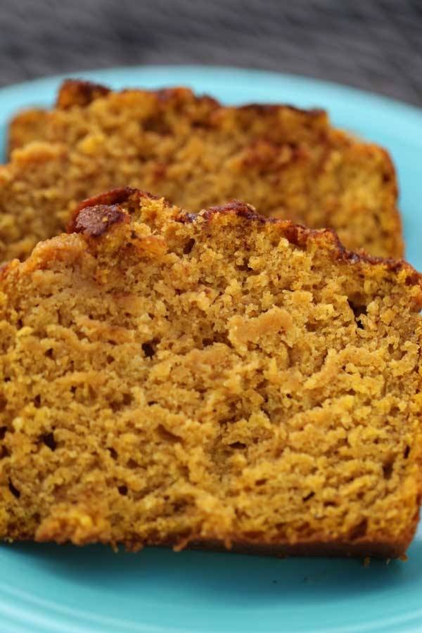 Pumpkin Bread with Cinnamon Crust