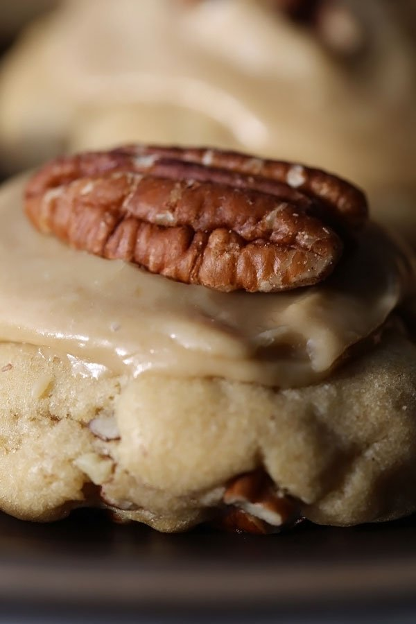 pecan cookies with brown sugar frosting